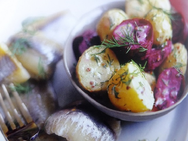 How to make Herring with potato, beetroot and dill salads? Herring with potato, beetroot and dill salad recipes and ingredient shared on our page.