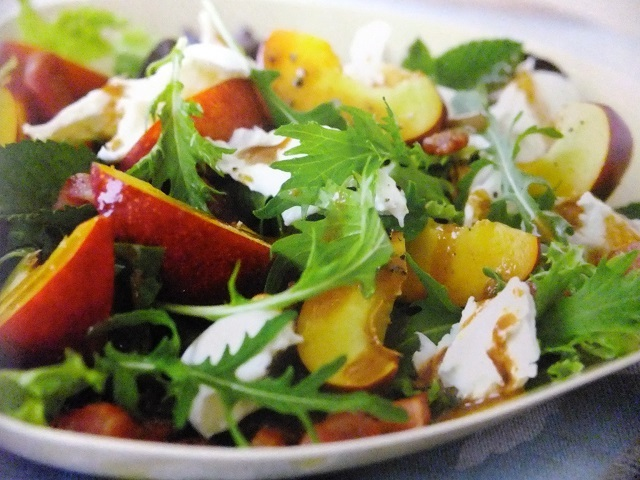 How to make warm mozzarella, bacon and nectarine salads? Warm mozzarella, bacon and nectarine salad recipes and ingredient shared on our page.