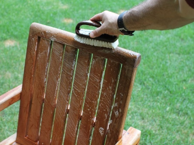 How to properly care for outdoor wood furniture